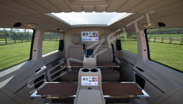 Senzati V Class Jet Class Jet Spec With Twin Cream Consoles & Leather Uppers Pic 1
