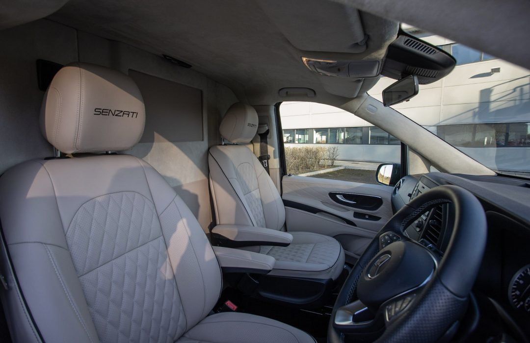 Luxury Mercedes V Class 96